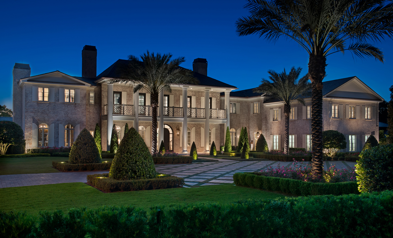 Charles clayton construction luxury custom home builder for Designer homes of central florida