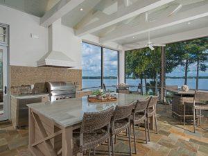 Florida Lifestyle: Indoor/Outdoor Living